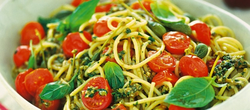 Spaghetti with Pesto, Pachino Tomatoes and Pine Nuts