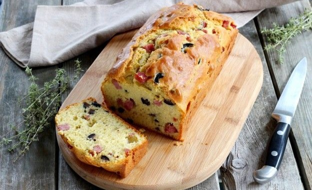 Plumcake with Parma Ham, Olives, Goat Cheese or Plumcake Salato