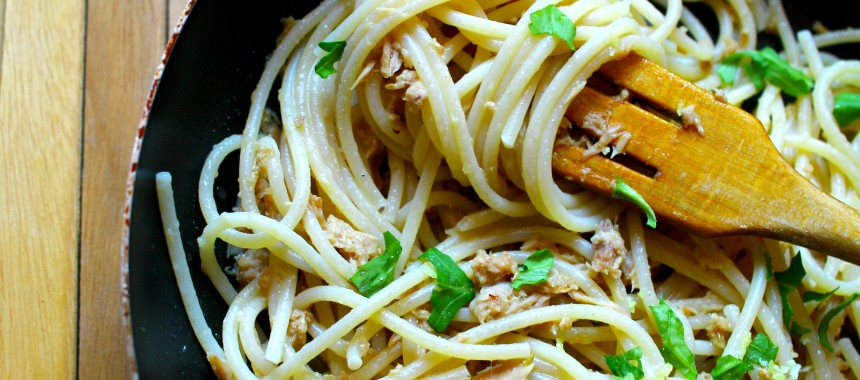 Quick Spaghetti with Tuna, Rocket and Lemon or Pasta con Tonno